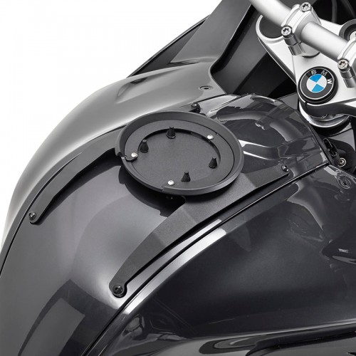 BF16 Specific flange for fitting the Tanklock tank bags GIVI